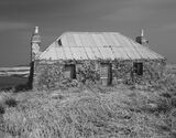 Abandoned Lochmaddy, Lochmaddy, North Uist, Scotland, port, town, rusty, red, tin roof, stone, boarded, windows, textura photo