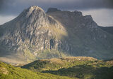 Last Light Ben Loyal, lonely, distinctive, isolated, causeway, mountain, peaks, summer, honey, light. wedge, cloud photo