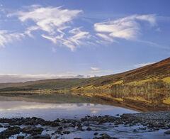 Becalmed Loch a Chroisg