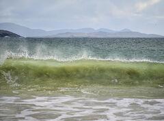 Breaking Waves Huisnis