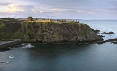 Headland Dunottar, Dunottar Castle, Stonehaven, Scotland, magnificent, ruined, castle, Aberdeenshire, golden, turquoise,