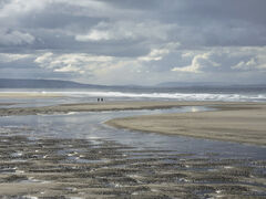 Low Tide Stroll, Findhorn, Moray, Scotland, pillows, sand, wet, breezy, expanse, low tide, afternoon, couple, distant