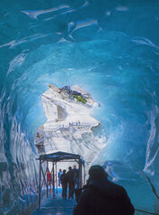 ice, caverns, tourists, blue, compressed, Mont Blanc Massif, glacial, tunnel, steps