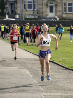 Lauren Dickson, Greenoch, Glasgow, Scotland, Anna MacFadyen, sprint, finishing, straight, under 17, girls, road