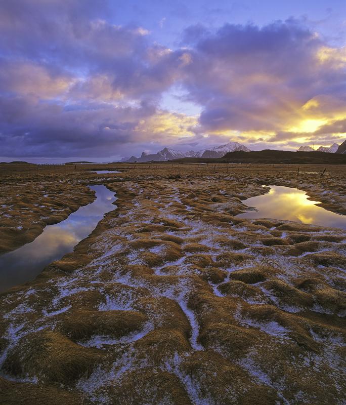 Break Through, Yttresand, Lofoten, Norway, sunshine, snow, cushions, canals, oxbow, reflected, rays, blue, golden, grass, photo