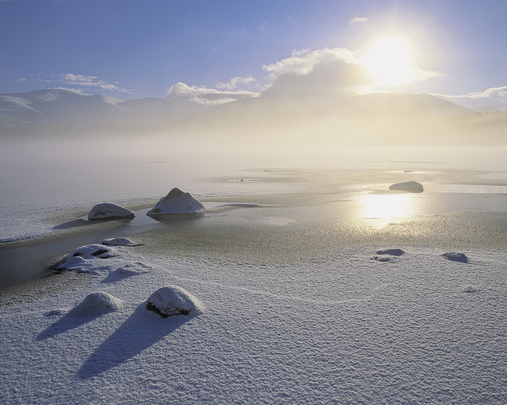 Cairngorm Freeze 2, Loch Morlich, Cairngorm, Scotland, glorious, freezing, cold, morning, peaks, sparkle, sun, ice, mist photo