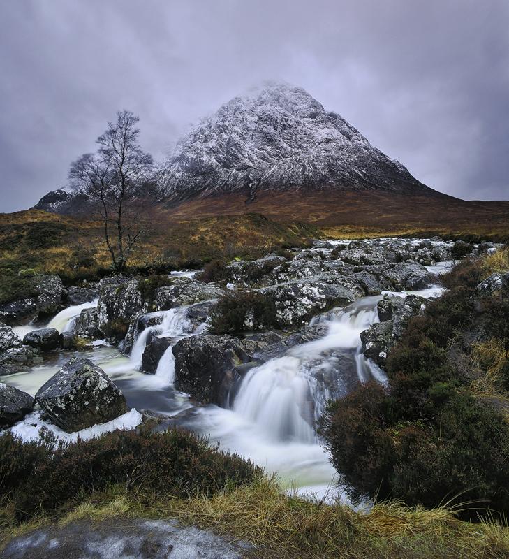 Comfortably Numb, Rannoch Moor, Highlands, Scotland, Buachaille etive mor, peak, dreichest, wet, winter, heather, water photo