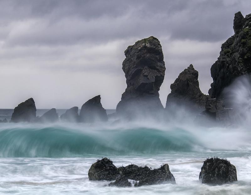 Dail Mhor Breakers, Dail Mhor, Lewis, Scotland, towering, waves, water, turquoise, beach, rock stacks, sandy, bay, menac photo