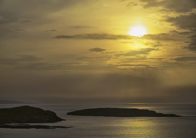 Island Shimmer, Atlandhu, Inverpolly, Scotland, sun, obscures, silhouette, island, shapes, separated, compromise, exposu photo