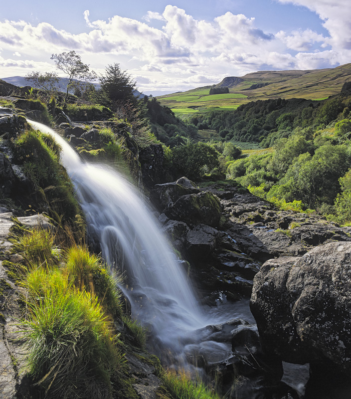 Loup of Fintry, Fintry, Campsies, Scotland, waterfall, gorgeous, summer, harsh, light, composition, falls photo