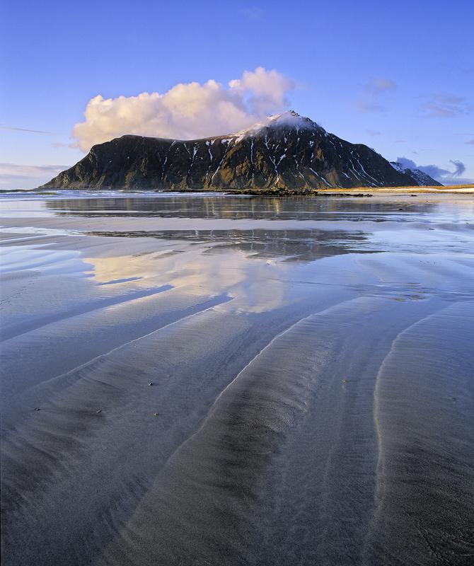 Low Tide Flakstad : Flakstad, Lofoten, Norway : Transient ...