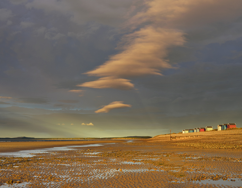 Phenomenon Findhorn, evening, greenish, light, crepuscular rays, point source, beach huts, reflected, peculiar, horizon photo