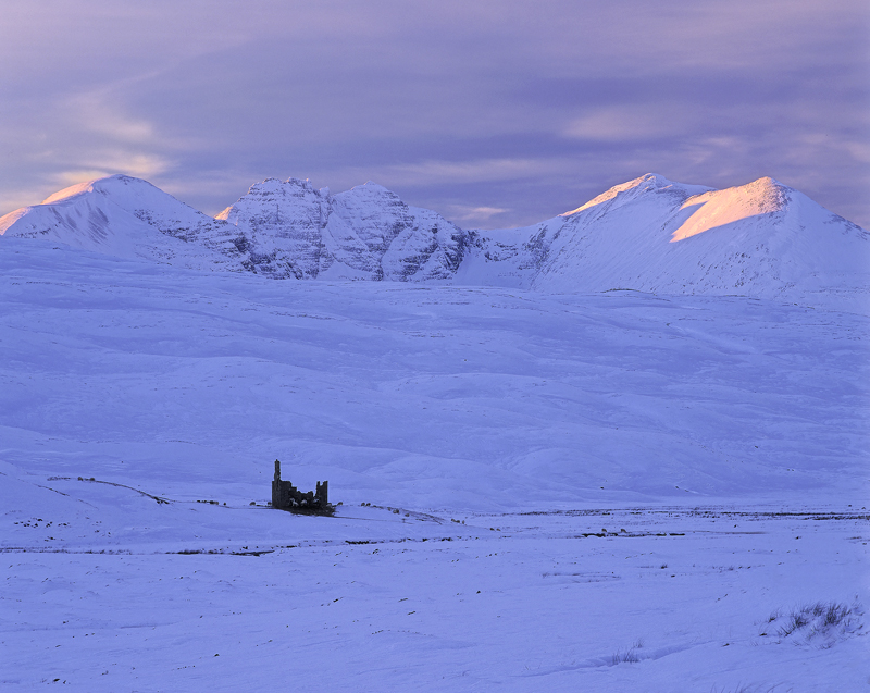 Sheep Pen, Braemore Junction, Dundonnell, Scotland, winter, afternoon, snow, peaks, An Teallach, gable, rimlighting, ros photo