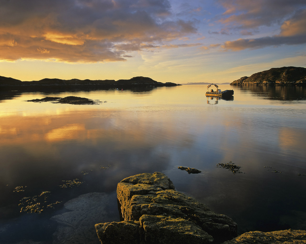 Whilst sunsets are a relatively straight forward proposition on the Isle of Harris, sunrises are much harder to come by, the...