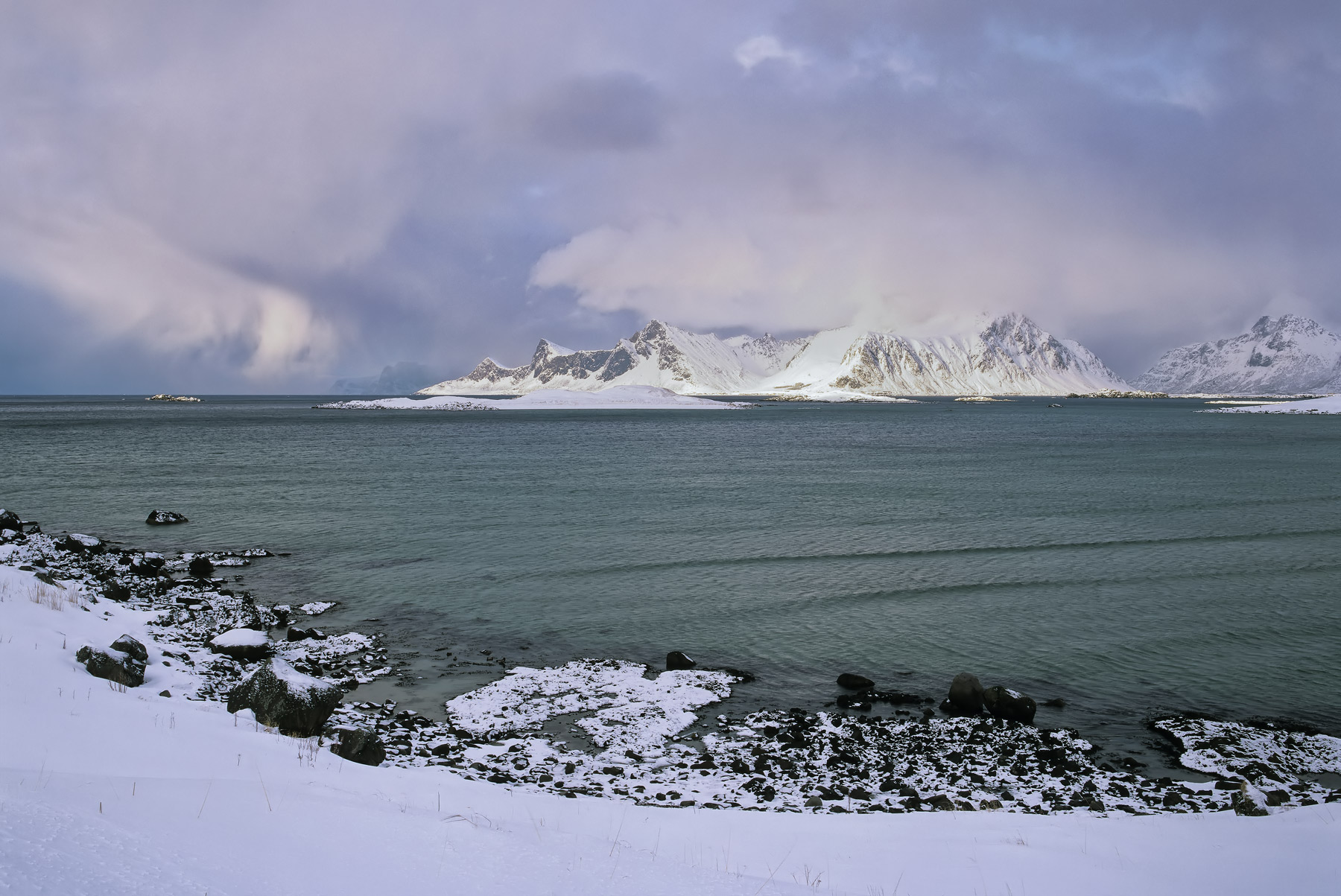 Approaching Squall Yttresand, Yttresand, Lofoten, Norway, arctic, squalls, escarpment, snow, Vikten, beach, freezing, du, photo