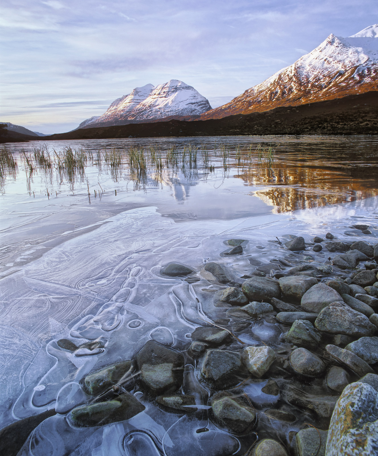 Clair Ice Bubbles, Loch Clair, Torridon, Scotland, winter, weather, magical, cold, fractured, ice, sheet, reflection, Li, photo