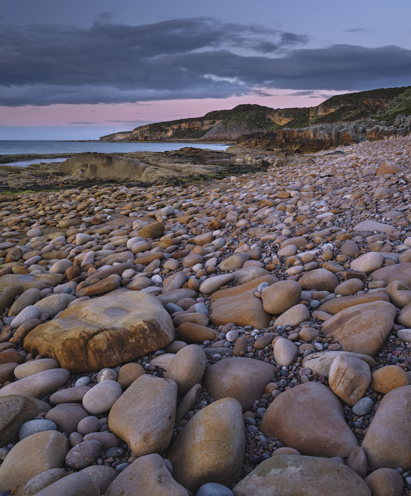 Clashach Cove Stones, Clashach Cove, Moray, Scotland, multi-coloured, stones, boulders, chatter, tide, bedrock, sandston, photo