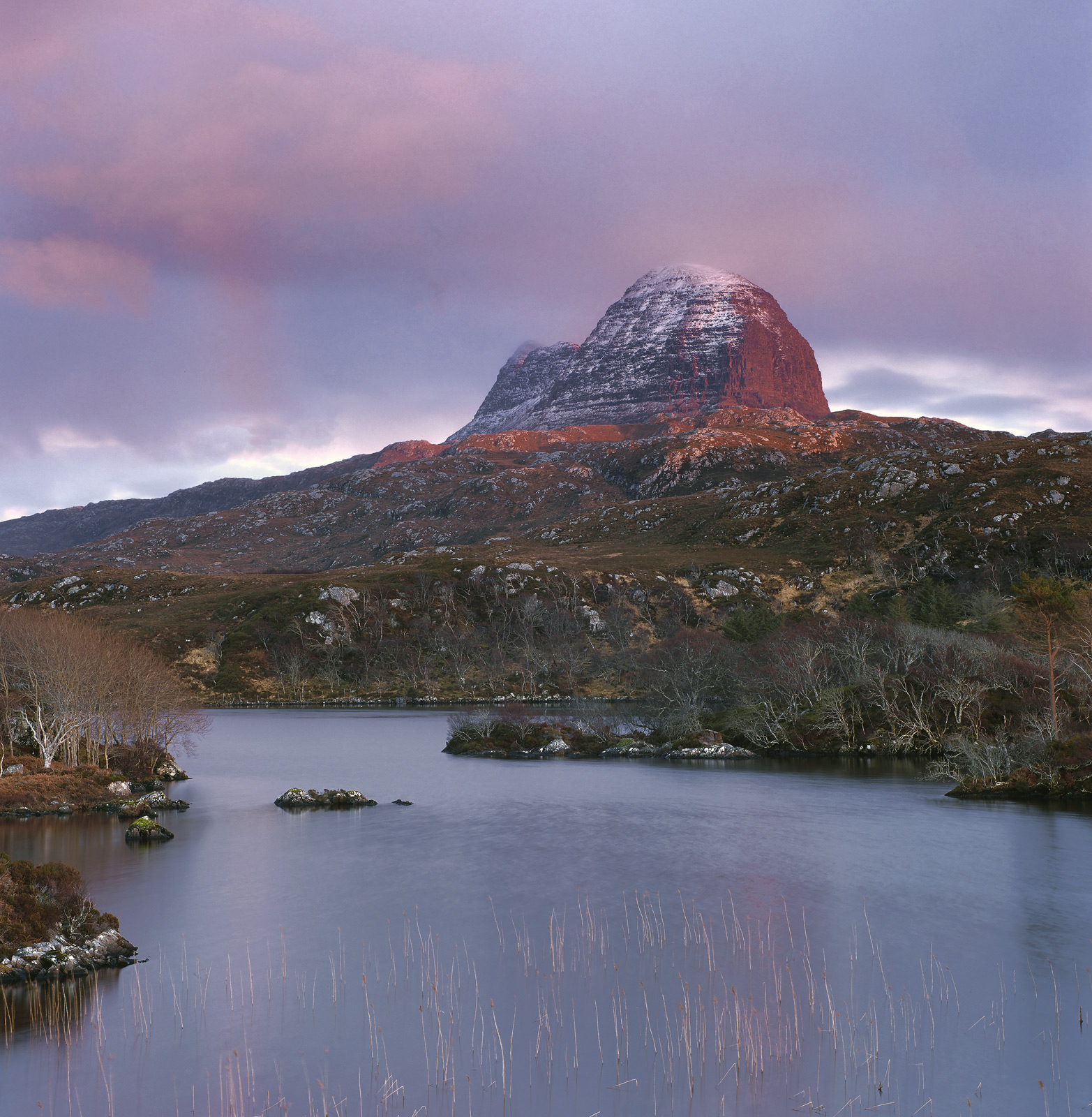 Suilven is one of the most wonderful of the Assynt peaks having a really quite iconic appearance to it. Not everyone agrees...