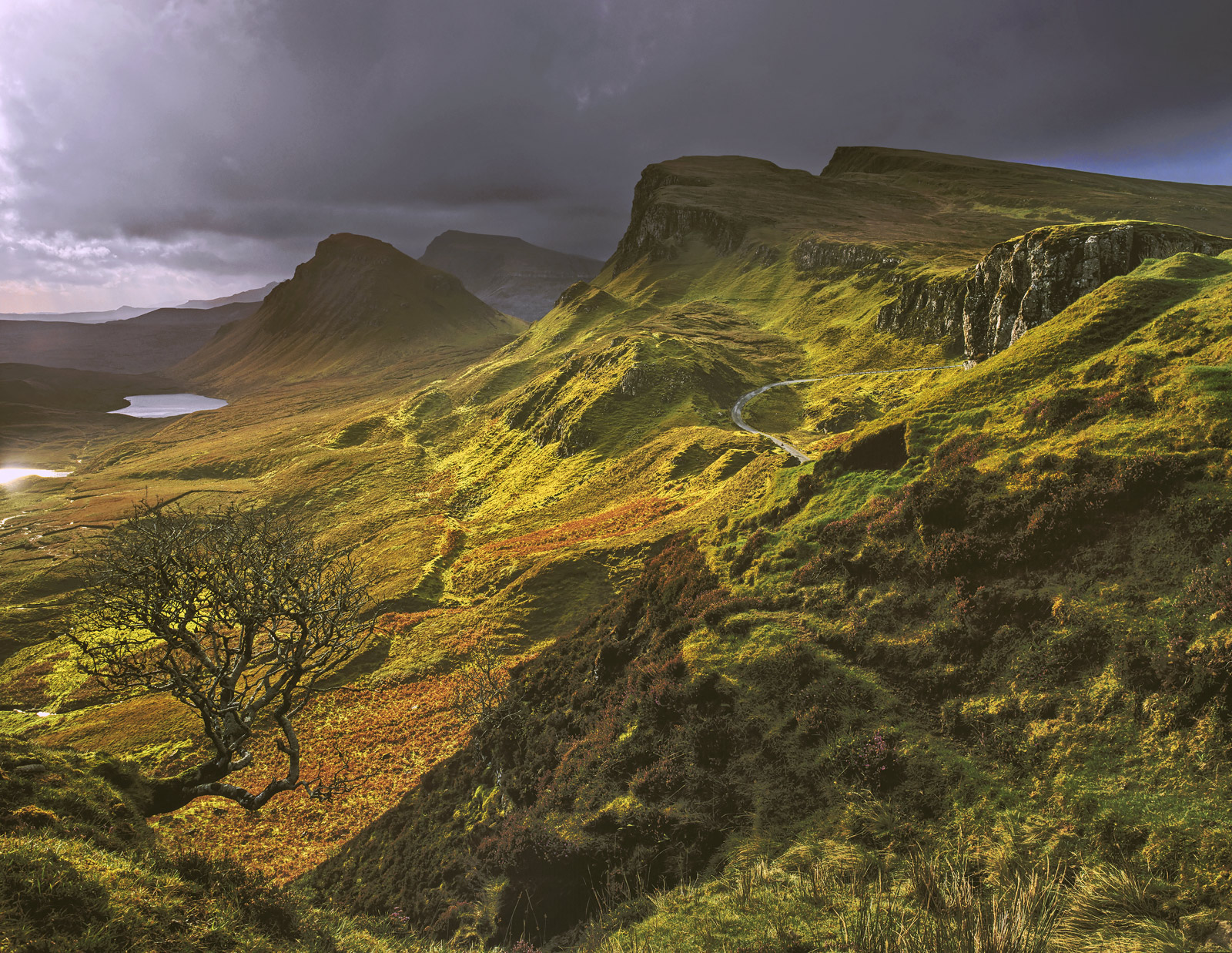 There are few places that I would describe as jaw droppingly beautiful but in the right light the Quiraing on the Isle of Skye...
