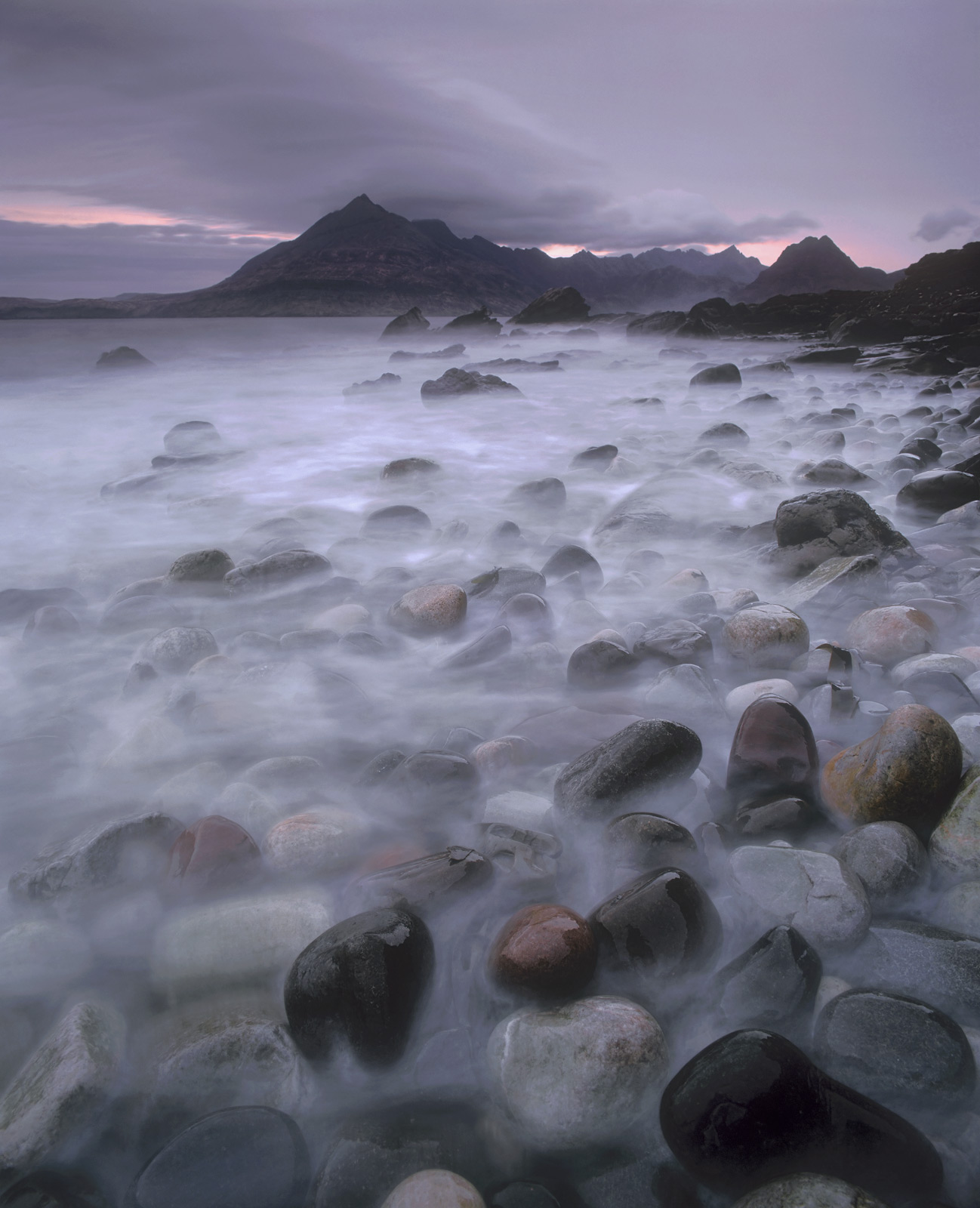 It was not the nicest of April days out at Elgol and in fact its raining, but the soft drizzle and stormy twilight seems an ideal...