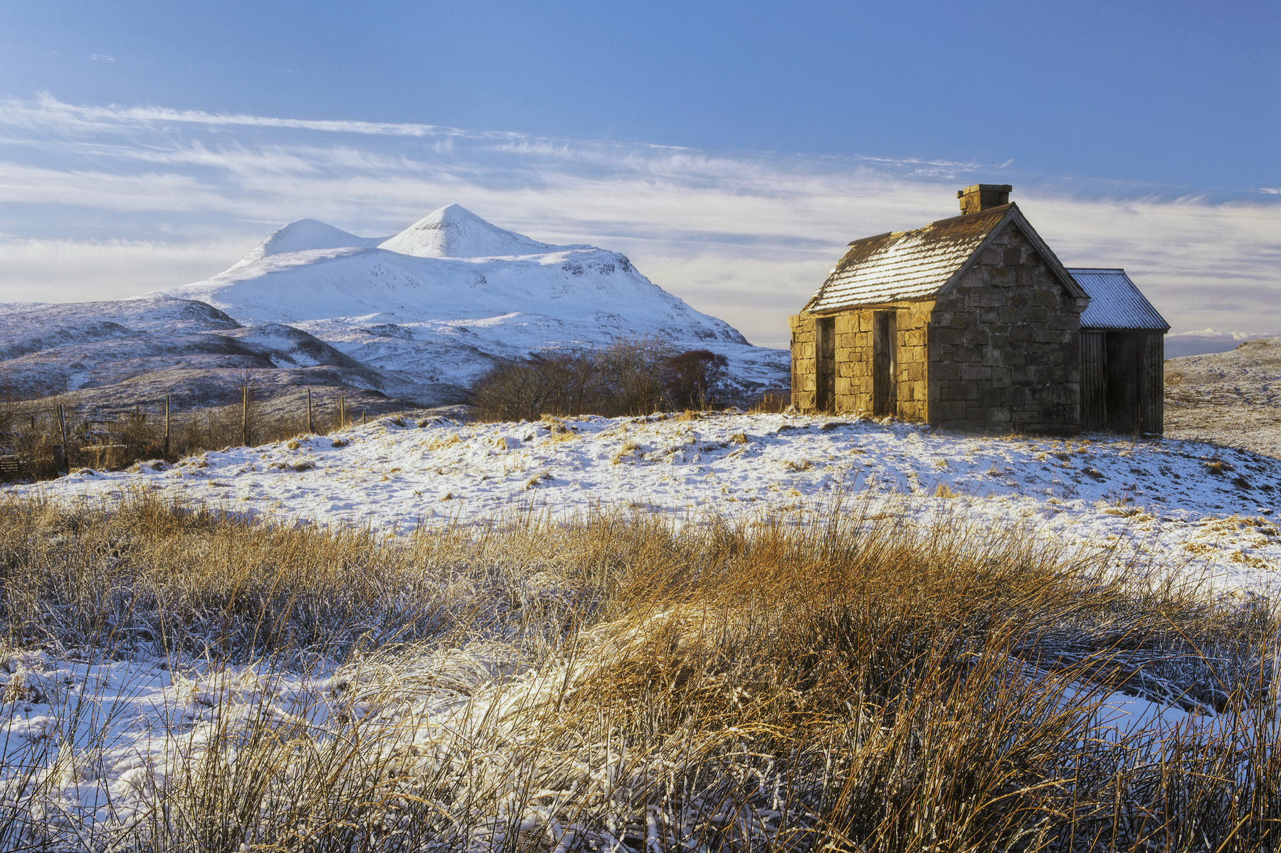 An idyllic winter day with a light dusting of snow shaken over an abandoned house with perhaps the ultimate in idyllic Scottish...
