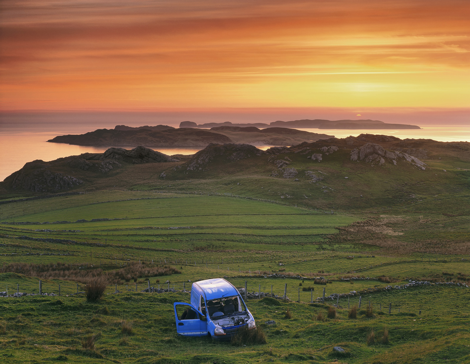 Exquisite Fly Tipping, Talmine, Sutherland, Scotland, stunning, view, blue, van, pasture, Rabbit island, beauty, charm , photo