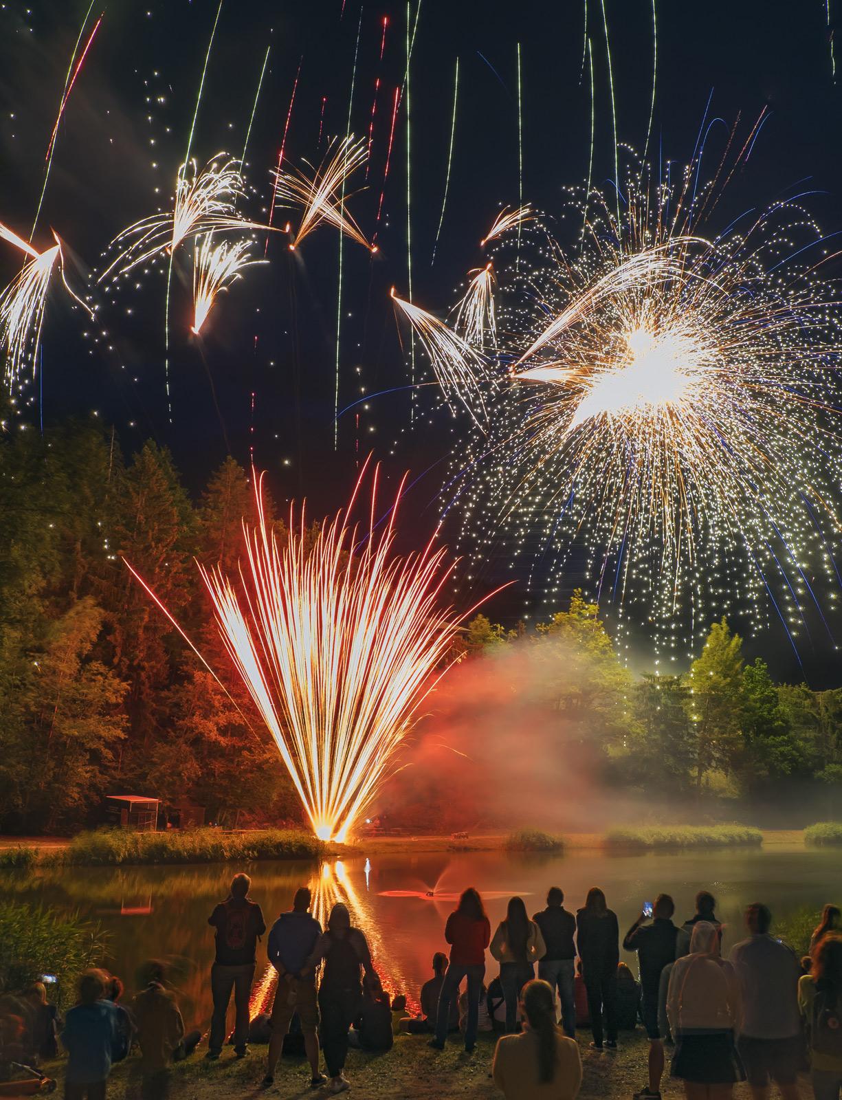 Fireworks 7, Les Houches, Chamonix, France, Bastille day, town, village, display, epic, fantastic, lake, darkness , photo