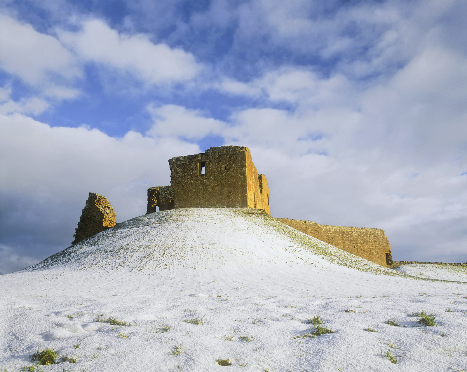 Duffus Castle has long been a favourite of mine - anything ruined gets my vote. In bright winter sunshine the castle looks...