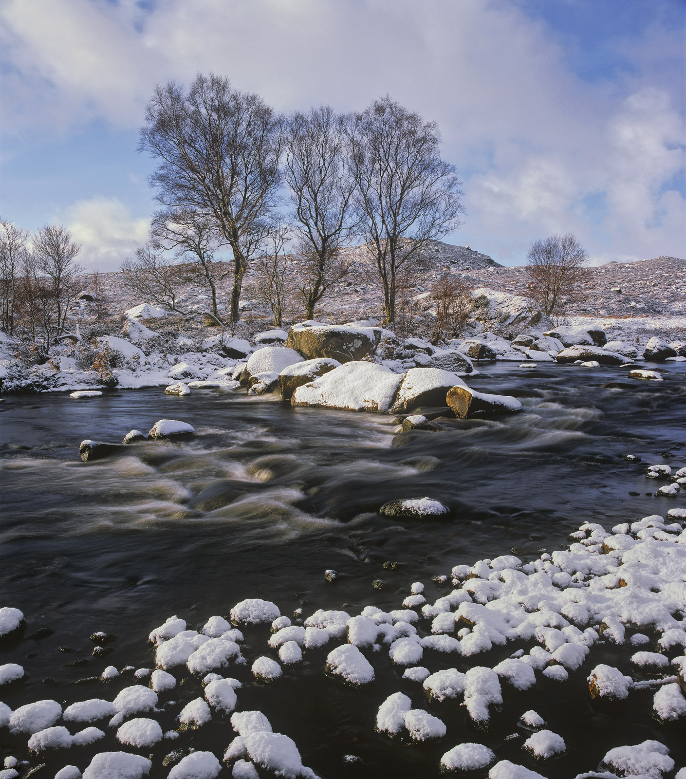 Glascarnoch Ice River, Glascarnoch, Highlands, Scotland, dam, golf balls, snow, pebbles, stream, birch trees, clouds, ri, photo