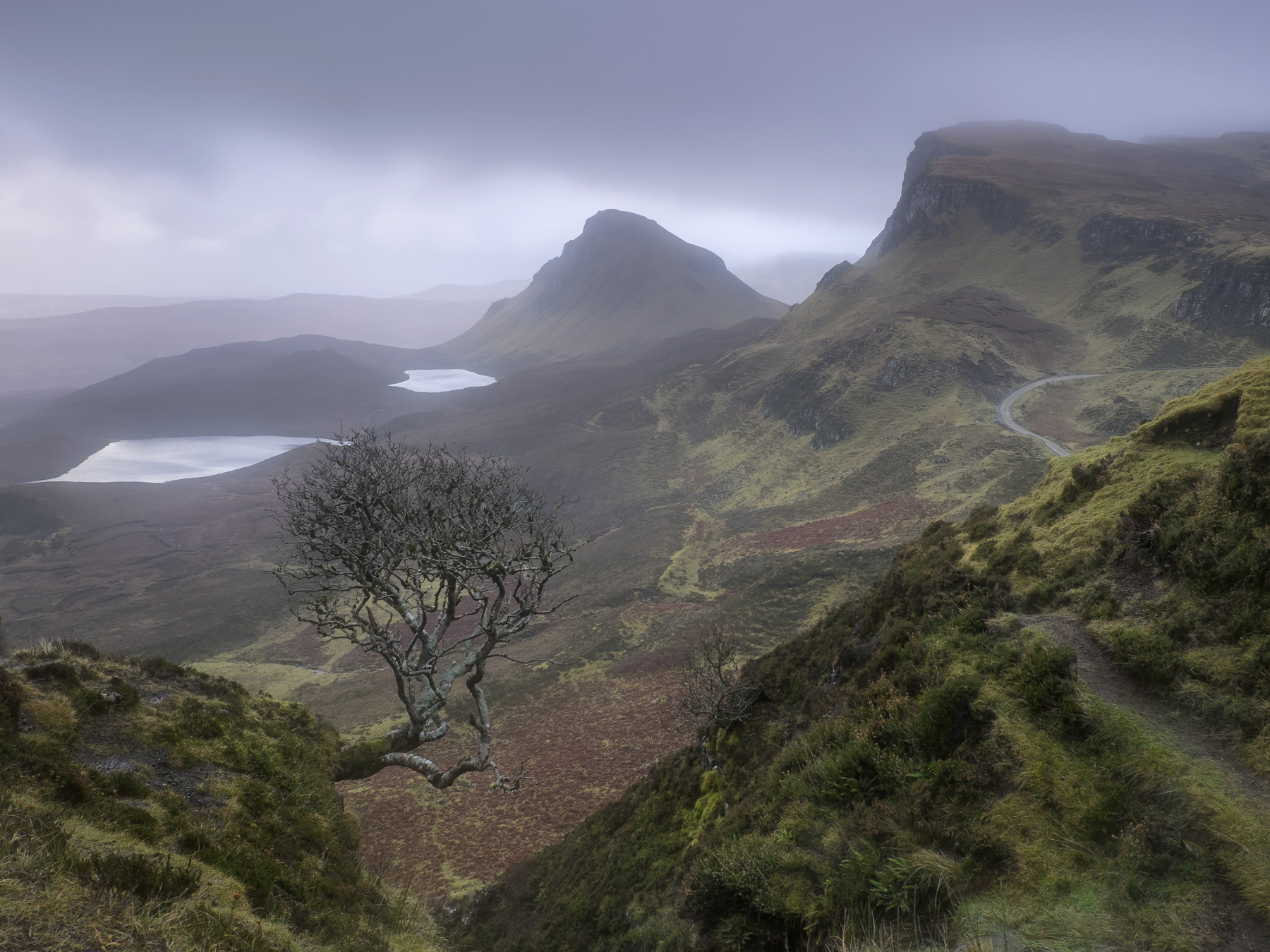 Gloomy Quiraing, Quiraing, Skye, Scotland, mood, feel, damp, eerie, cold, dejected, majestic, silence, atmosphere, shive, photo