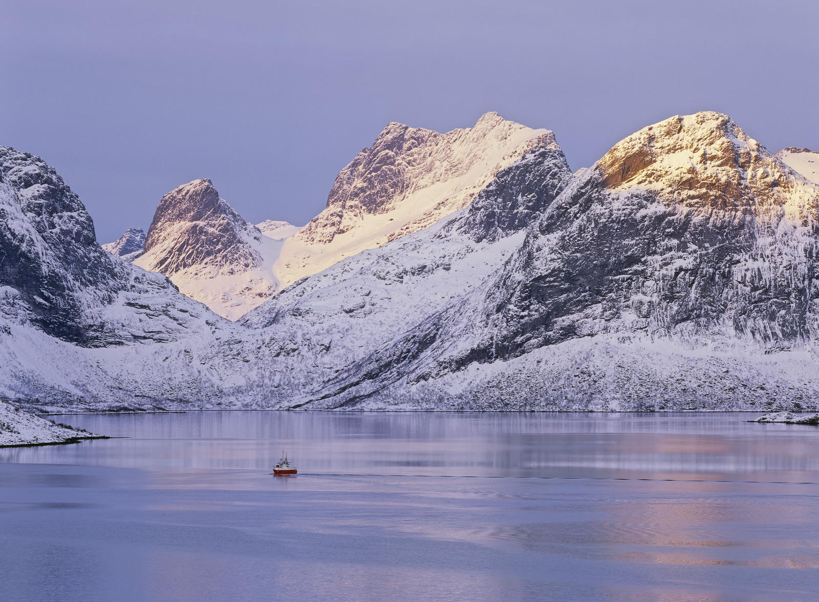 I think Selfjord has some of the most impressive mountain peaks on Lofoten and believe me that is saying something. What...