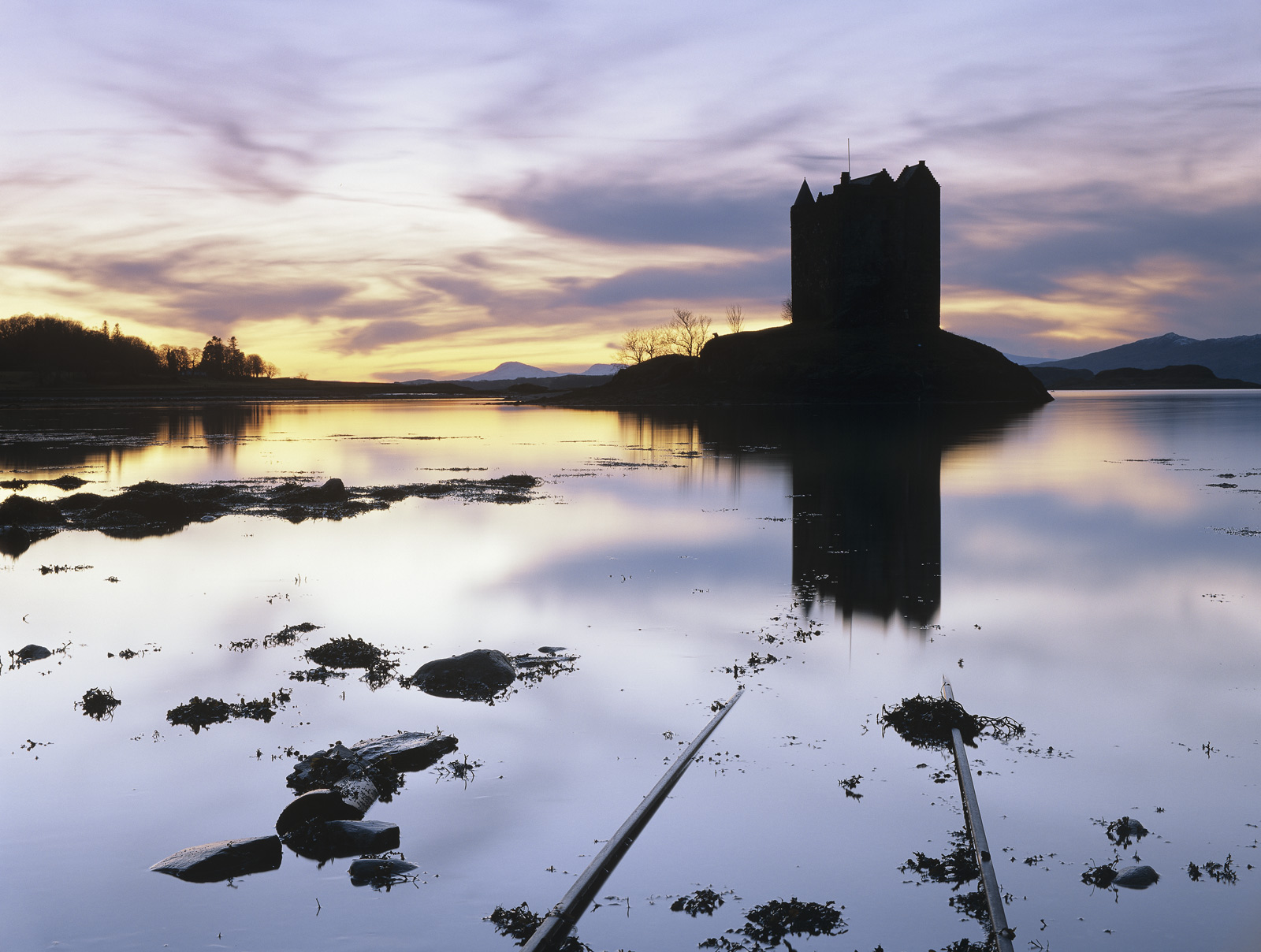 On a serene December evening close to low tide I headed out to Castle Stalker with a small group of photographers. Earlier...