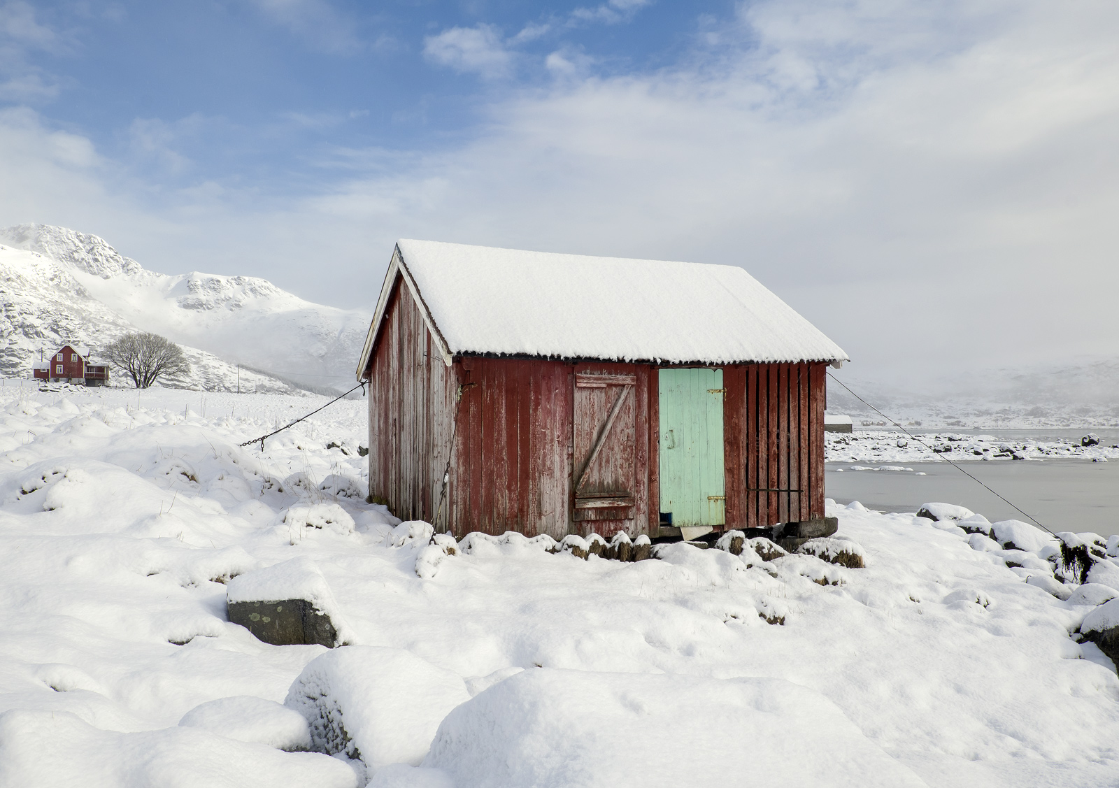 There are many red rorbrua dotted around the Lofoten Islands.  These old fishing huts are often converted for use by the islanders...