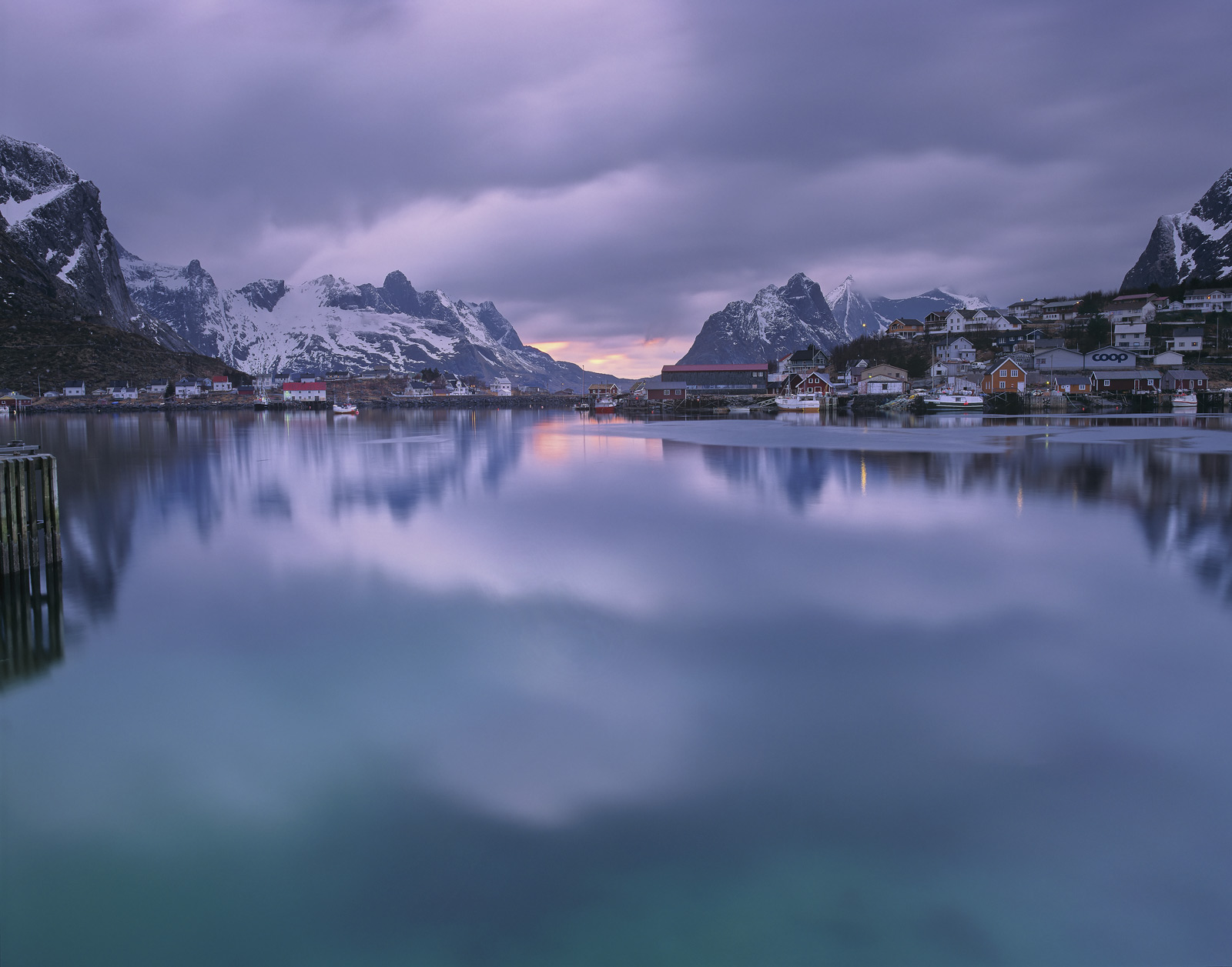 There were relatively few times during my stay when the natural harbour at Reine settled down to something approaching a mirror...