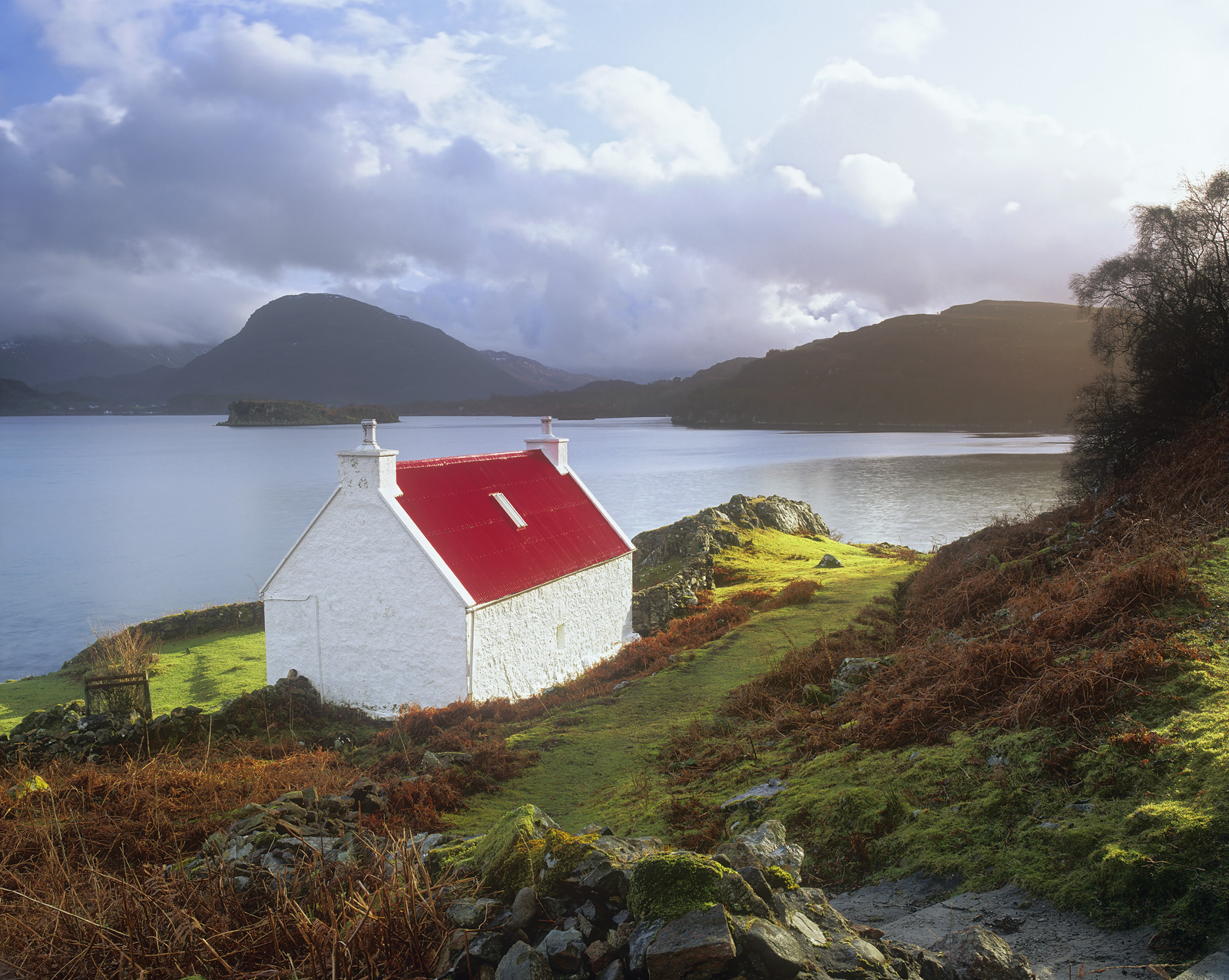 Even on a grey winters day this must be a wonderful position to site a remote highland cottage but finding one freshly...