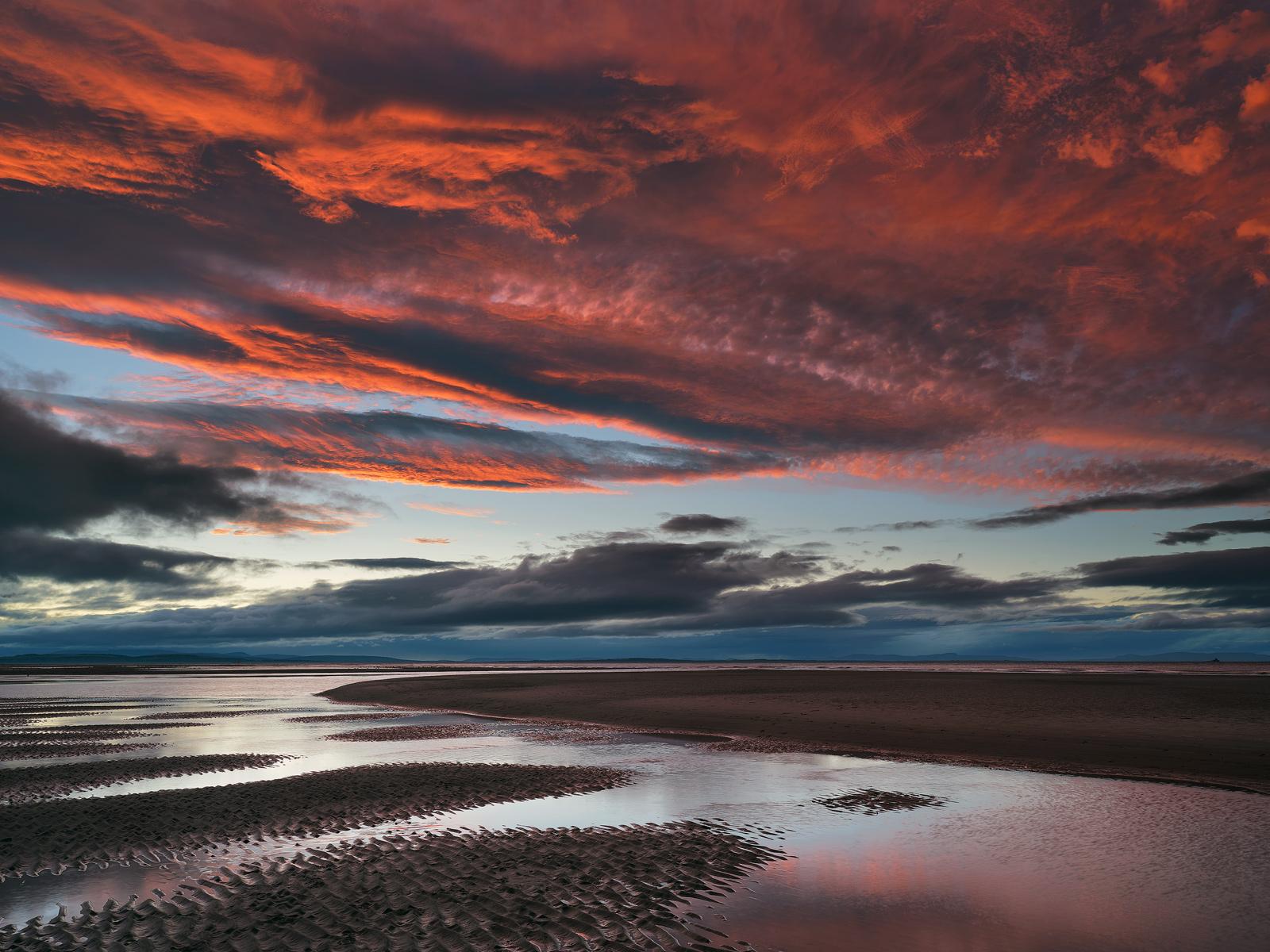 Plumset Findhorn, Findhorn, Moray, Scotland, scarlet, crimson, plum, sky, stunning, cloud, umbrella, fingers, sand, sedu, photo