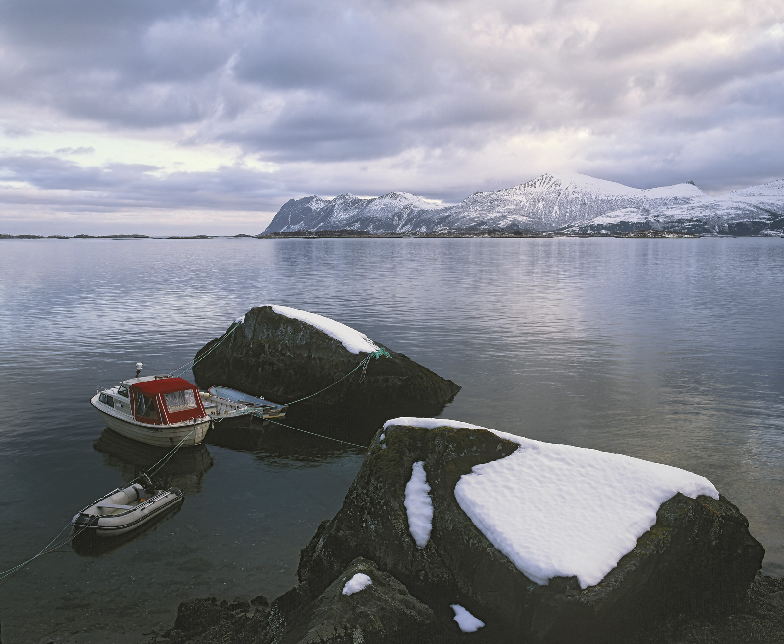 I passed by this quiet mooring in front of the two snow covered rocks on several occasions, each time wishing that the boring...