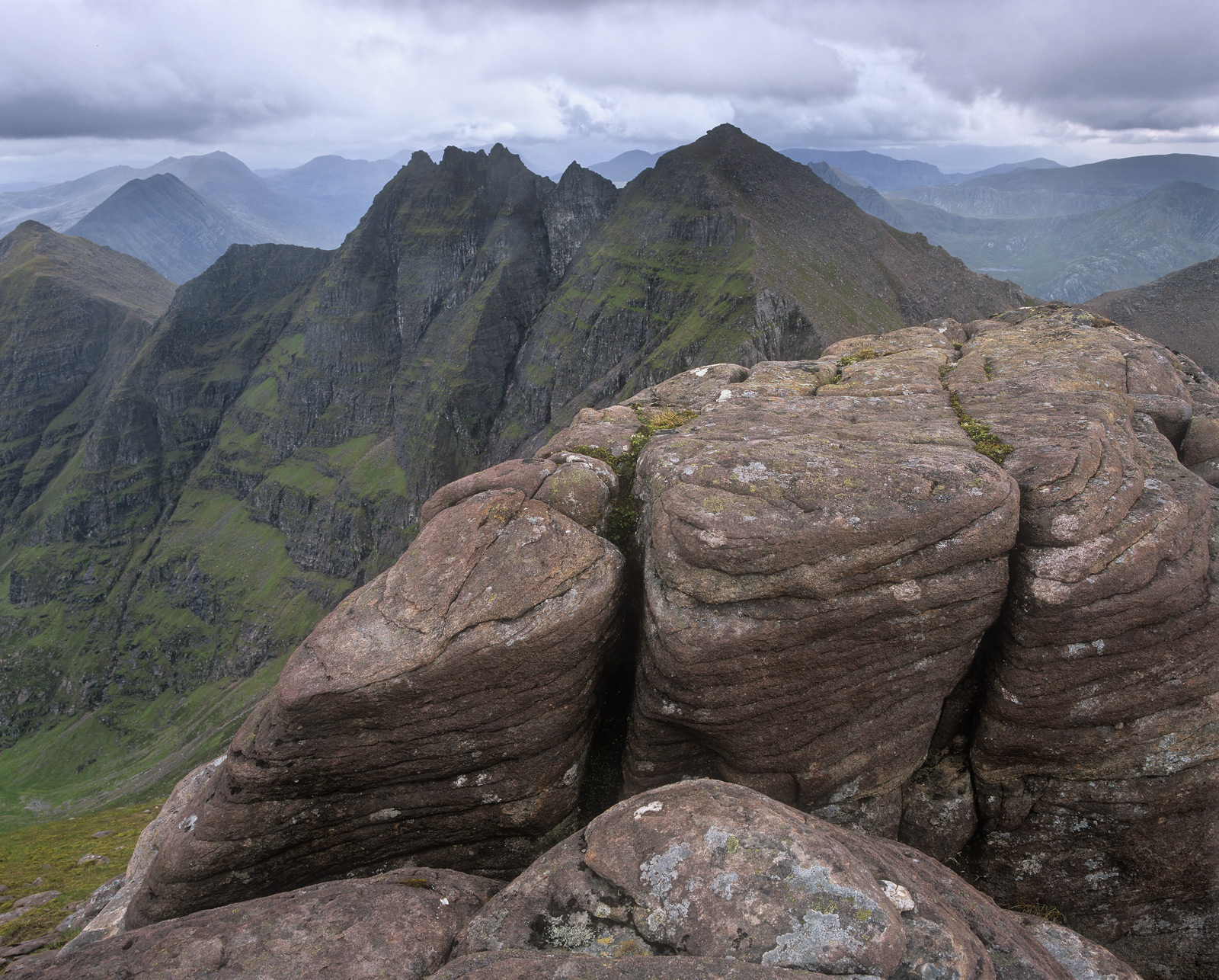 An Teallach is a ridge walk on a par with the hobbits trek to Mordor. I climbed this on a blustery Aprilmorning.&...