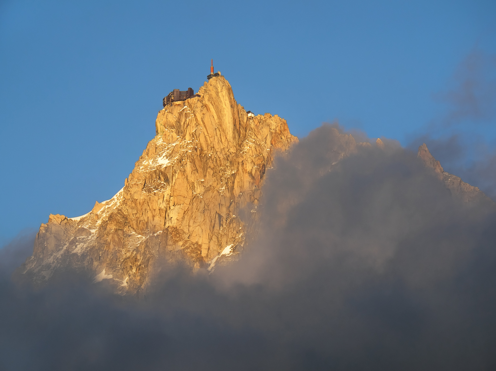 Sneak Preview, Les Houches, Chamonix, France, rare, moment, clarity, Aiguille Du Midi, exposed, peak, summer, traces, sn, photo