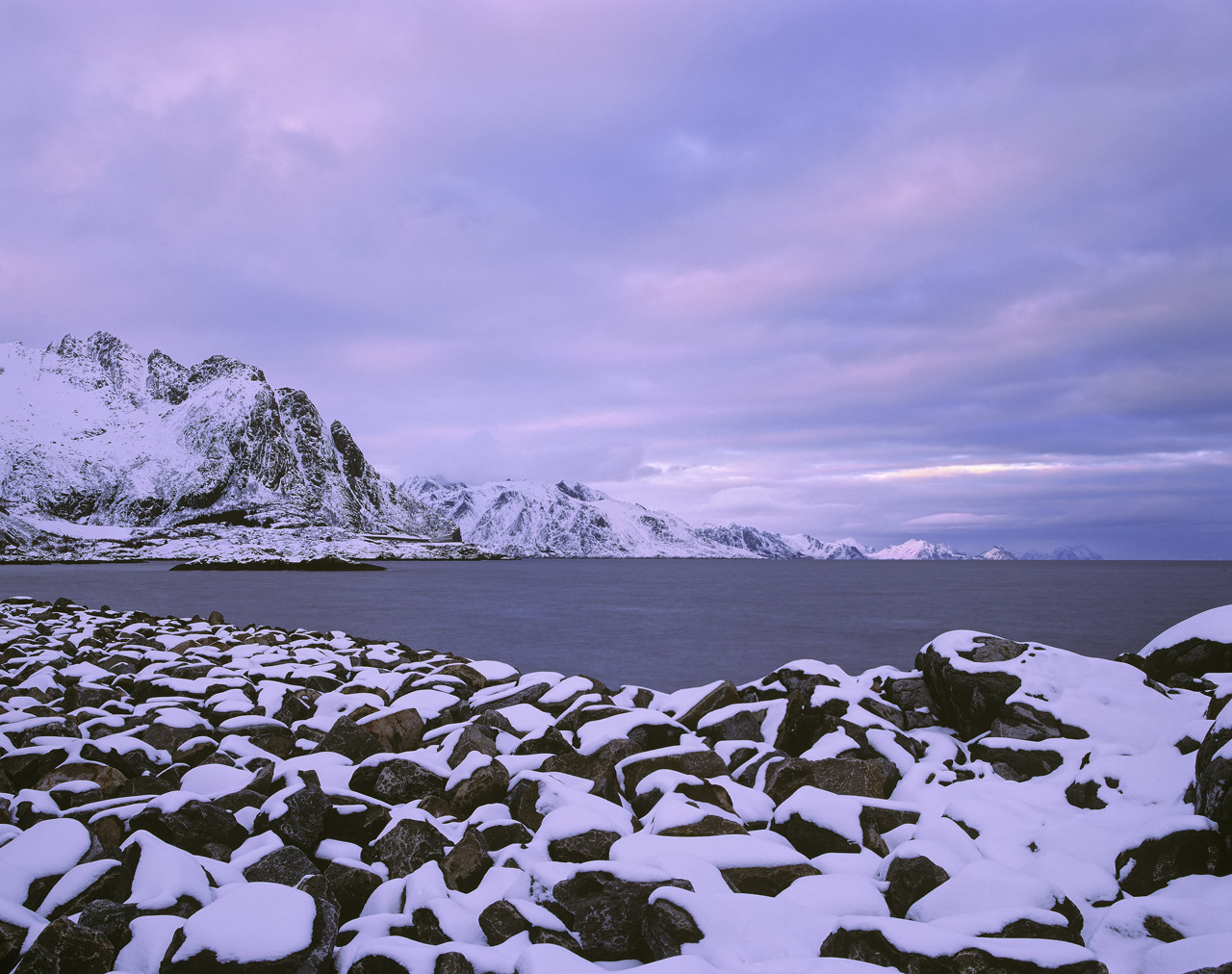 Snowfall Hamnoy, Hamnoy, Lofoten, Norway, snow, harbour, memerising, repeating, pattern, rock, veined, rose, clouds , photo
