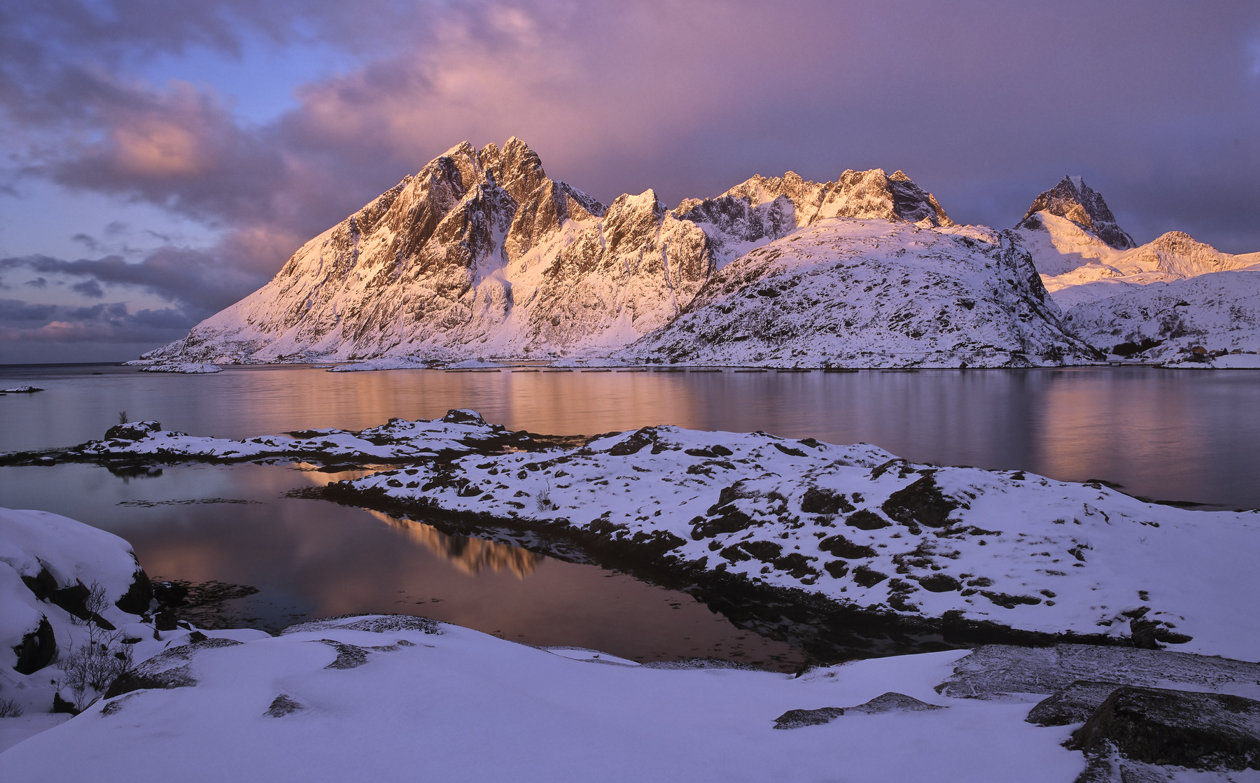 Sund Rouge, Sund, Lofoten, Norway, bay, sunrise, awesome, rosy, red, violet, blues, twilight, optimum, colour, snow, ref, photo