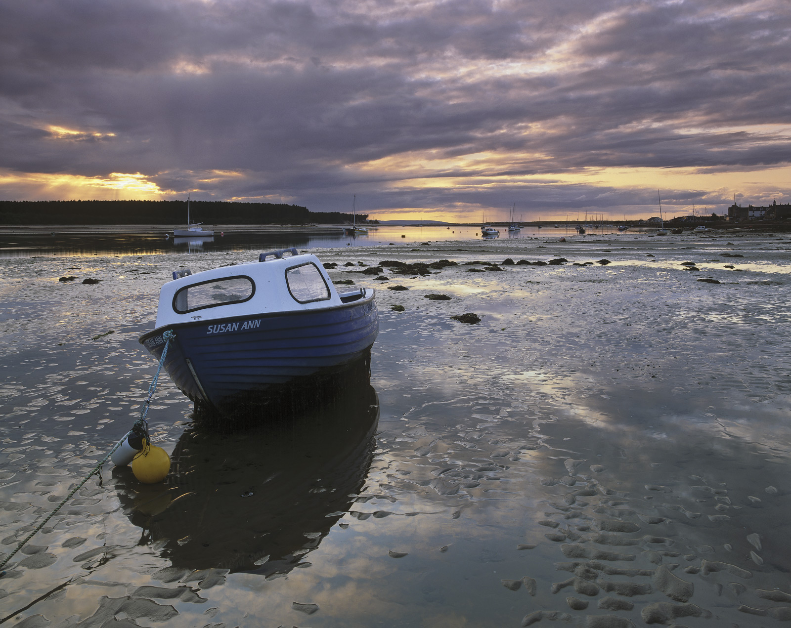 Susan Ann, Findhorn, Moray, Scotland, promising, evening, summer, estuary, wet, sand, beached, boats, tide pools, photo