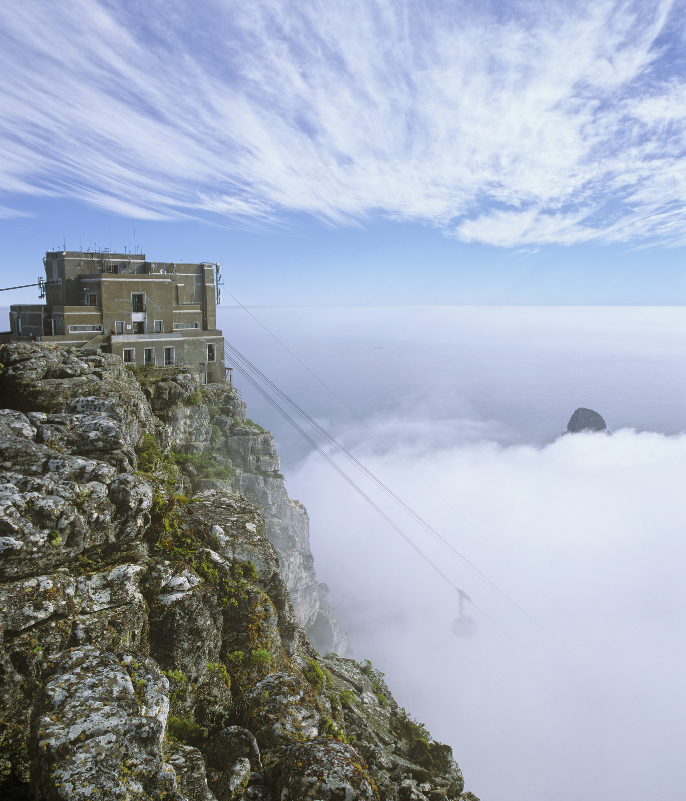 Table Top, Table Top Mountain, Capetown, South Africa, cloud, blanket, cirrus, sky, Lions Head, vanish, cable car, desce, photo