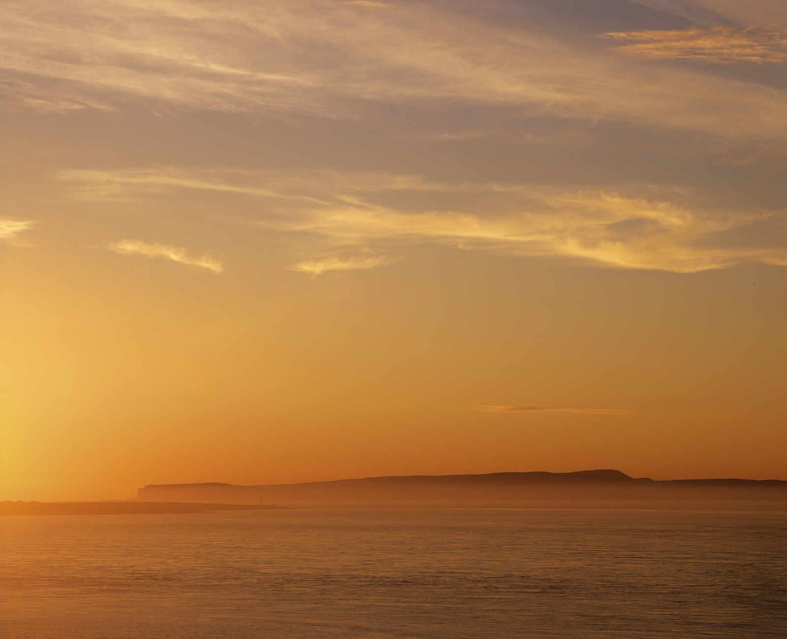 Tangerine Orkney, Duncansby Head, Caithness, Scotland, north, Orkney isles, sea, haar, summer, horizon, glow, blue, clou, photo