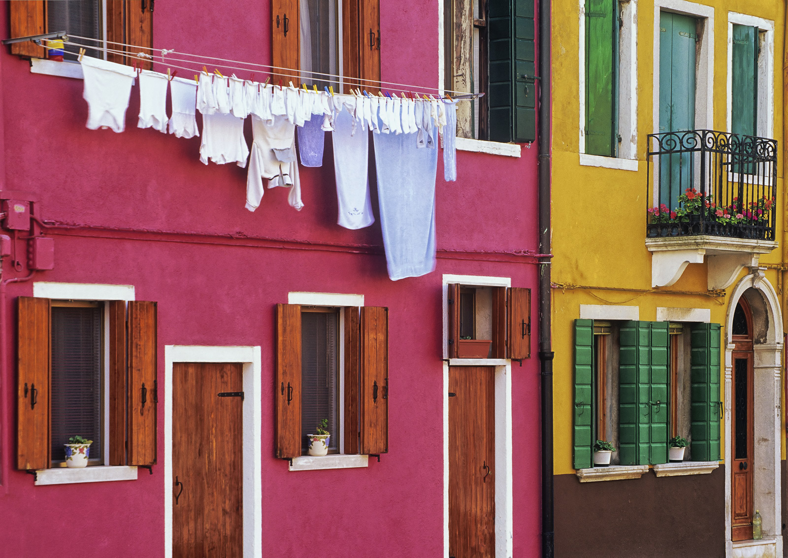 Every Monday it seems that the locals in Venice and particularly the occupants of these amazing colourful houses that festoon...