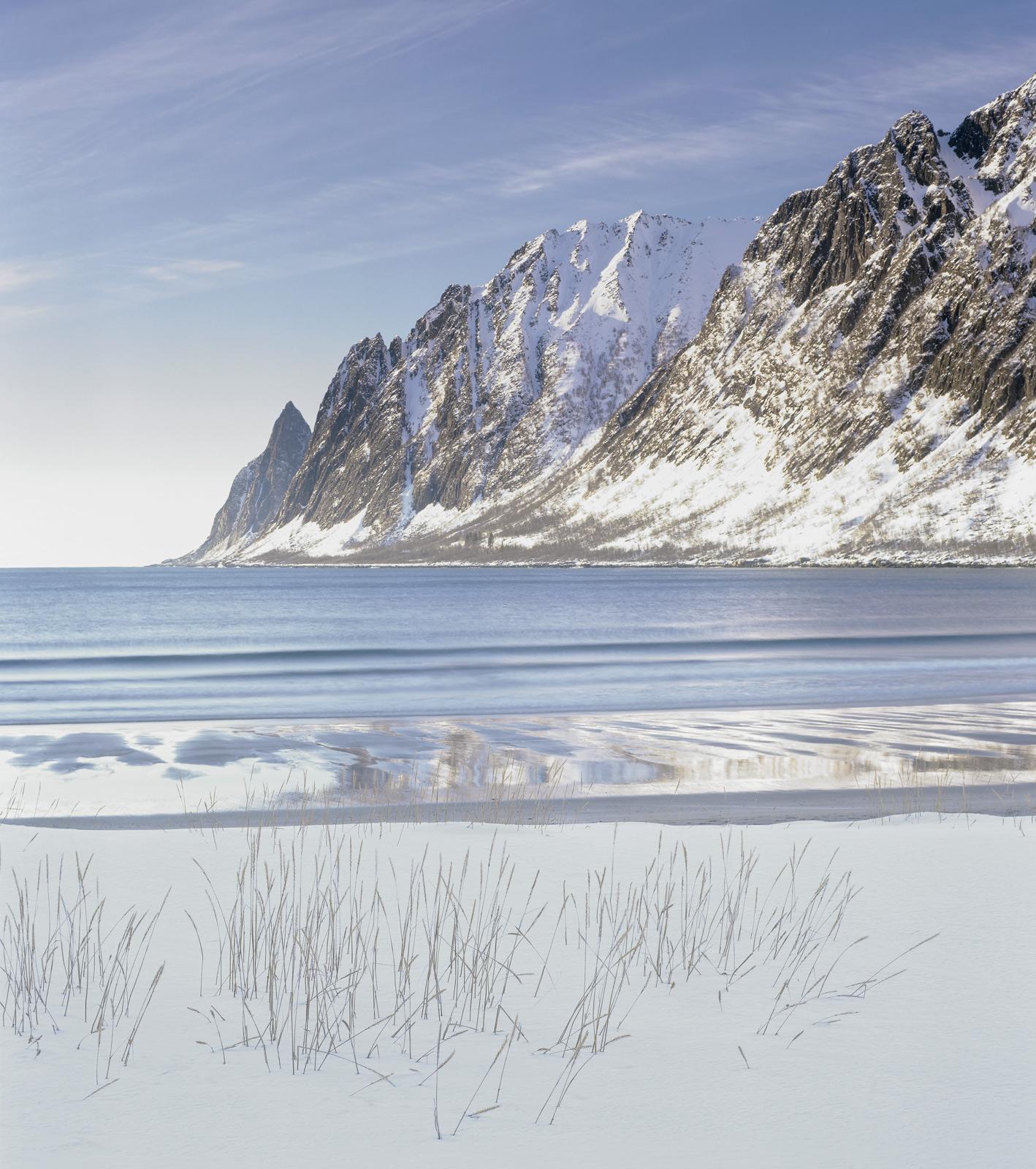 White Teeth, Ersfjord, Senja, Norway, rock, formation, Devils Teeth, white, gleaming, afternoon sun, snow, beach, grasse, photo