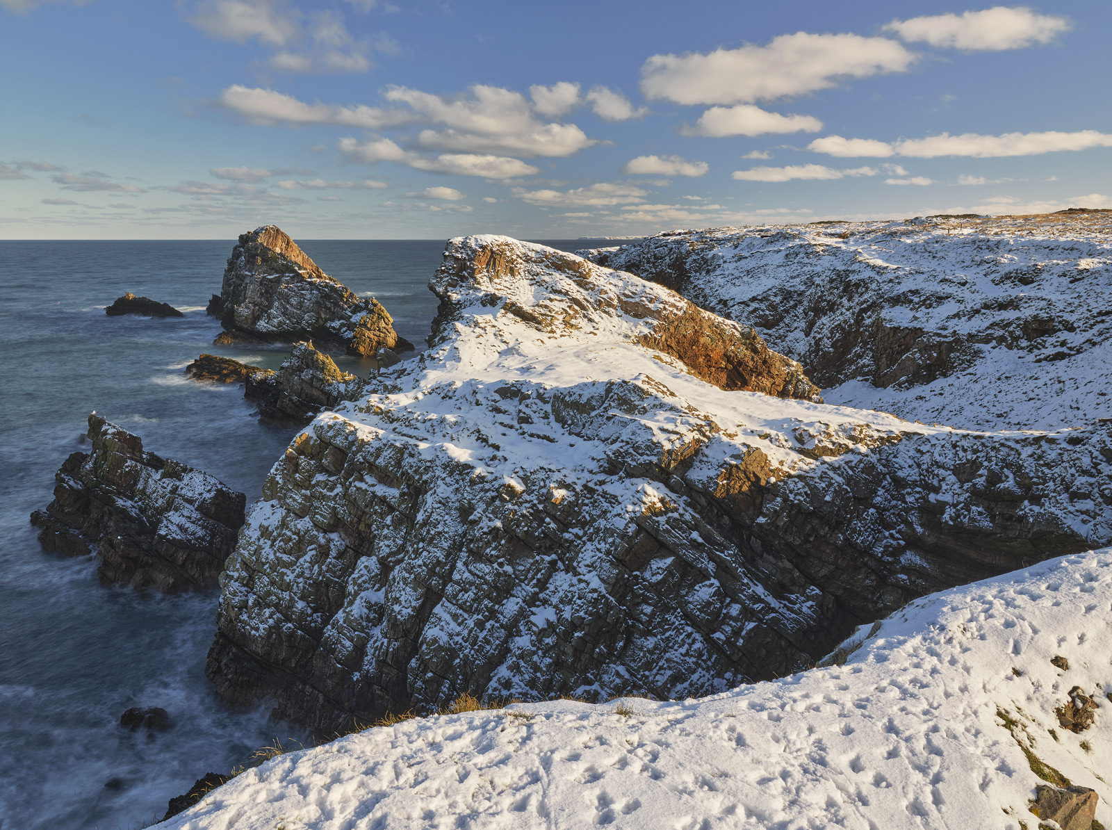 A fresh dump of winter snow unusually affected even the coastal regions of Moray transforming familiar scenery into something...